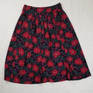 ❤️✨2/$25 ❤️✨  Marks & Spencer Floral Skirt